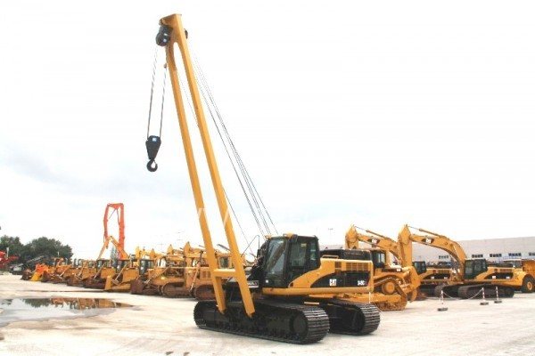 Caterpillar 345CL Pipelayer